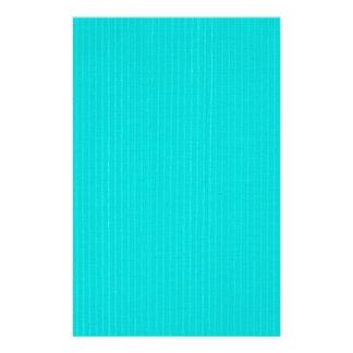 明るい青のブレンドのストライプな背景の文房具 便箋