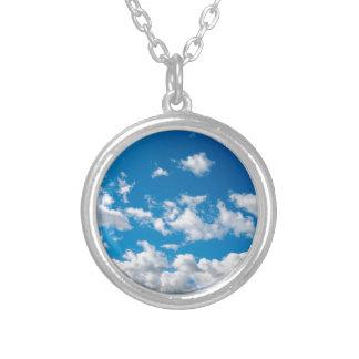 明るい青空 シルバープレートネックレス