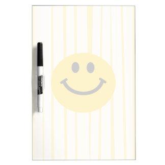 明るい黄色のストライブ柄のスマイリーフェイス ホワイトボード