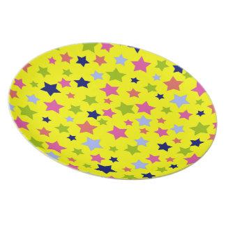 明るい黄色のパーティーの時間星パターン プレート