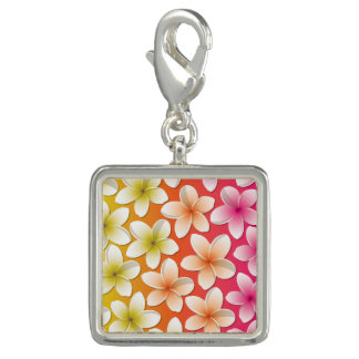 明るいFrangipani/のプルメリアの花 チャーム