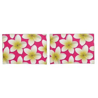 明るいFrangipani/のプルメリアの花 枕カバー