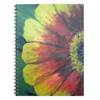 明るく大きい花のデザイン ノートブック