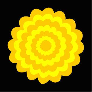明るく明るく黄色い花。 黒 写真彫刻オーナメント