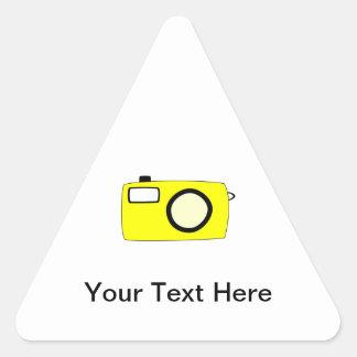 明るく黄色いカメラ。 白 三角形シール
