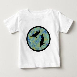明日のイルカ ベビーTシャツ