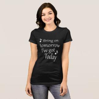 明日持って来て下さい Tシャツ