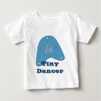 星の名前入りなギフト及びTシャツを叩いて下さい ベビーTシャツ