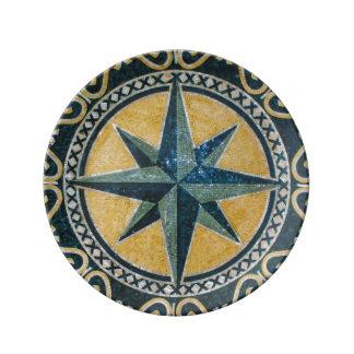 星の緑のコンパスの円形の円形浮彫りのモザイク 磁器プレート