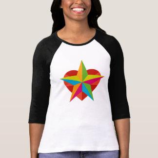 星及びハートのロゴのTシャツ Tシャツ
