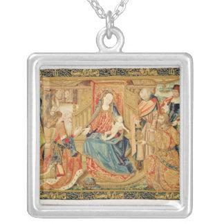 星学者の崇敬、第15第16世紀 シルバープレートネックレス