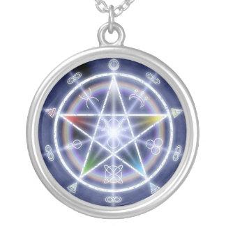 星形五角形のネックレス シルバープレートネックレス