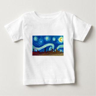 星明かりの夜のオースティンのスカイラインのシルエット ベビーTシャツ