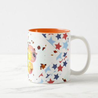 星明かりの蝶-15ozオレンジ陶磁器のコーヒー・マグ ツートーンマグカップ