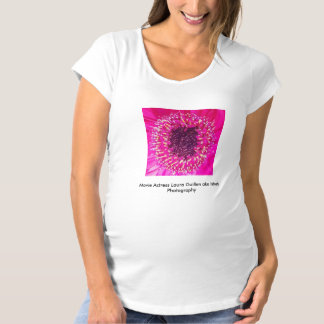 映画女優のローラGuillen別名Ishahの写真撮影 マタニティTシャツ