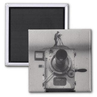 映画用カメラ(第1打撃)を持つ人 マグネット