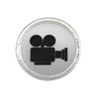 映画用カメラ(黒いグラフィック・デザイン) 指輪