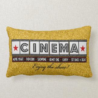 映画館の映画館の枕赤のアクセント ランバークッション