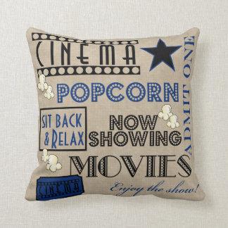 映画館の映画館は枕青い1つのチケットを是認します クッション