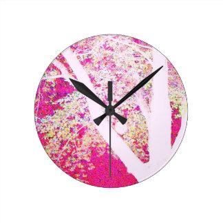 春のかえで: ショッキングピンク ラウンド壁時計