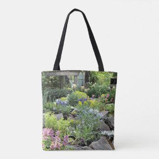春のコテージの石庭 トートバッグ