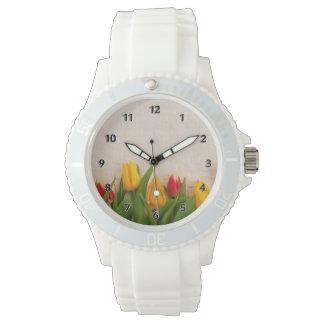 春のチューリップ 腕時計