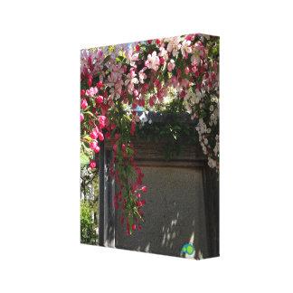 春のドア キャンバスプリント
