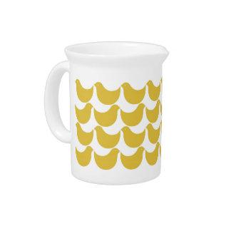 春のピッチャー-黄色い鳥 ピッチャー