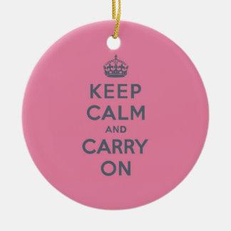 春のピンクのKeep Calm and Carry Onの石板 セラミックオーナメント