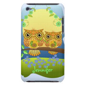 春のフラワーパワーのフクロウ及び名前をカスタムする Case-Mate iPod TOUCH ケース