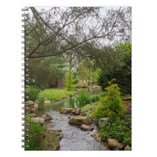 春の入り江の美しい ノートブック