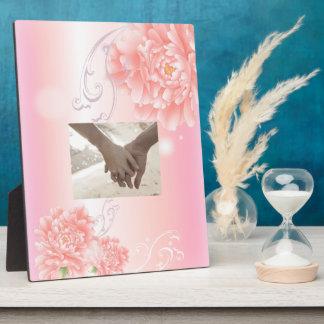 春の植物のピンクのシャクヤクの結婚式 フォトプラーク