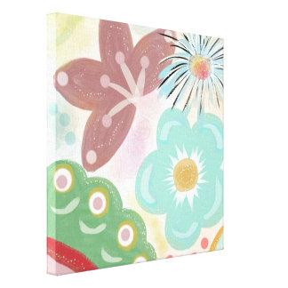 春の熱。 お洒落でカラフルな花 キャンバスプリント