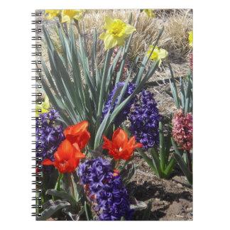 春の球根のノートジャーナル ノートブック