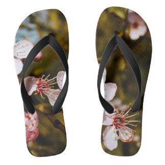 春の花のビーチサンダル ビーチサンダル