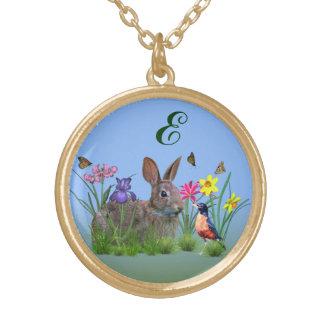 春の花、ロビンおよびバニーウサギ ゴールドプレートネックレス