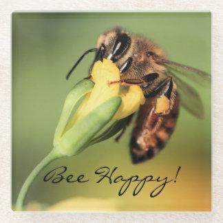 春の蜂の黄色い花の幸せな花粉のバスケット ガラスコースター