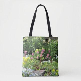 春のNorthsideのコテージの石庭 トートバッグ