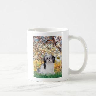 春- (a)シーズー(犬)のtzu コーヒーマグカップ