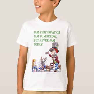 昨日込み合いか明日込み合いはしかし決して今日詰め込みません! Tシャツ