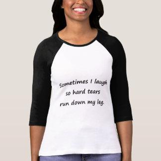 時々私は笑います Tシャツ