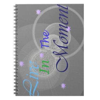 時のデザインに住んで下さい ノートブック