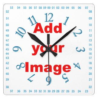 時計のテンプレート-青正方形及び数はイメージを加えます スクエア壁時計