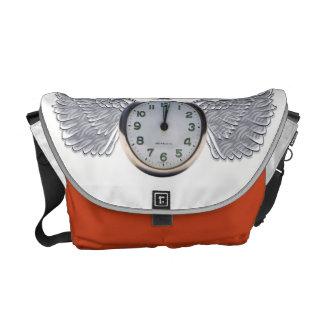 時間はメッセンジャーバッグを飛ばします クーリエバッグ