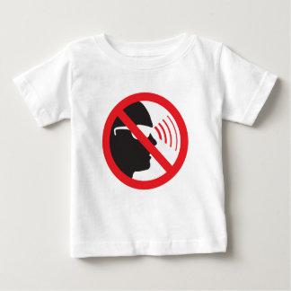 普遍的なアンチ監視のプライバシーの要求のロゴ ベビーTシャツ