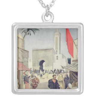 普遍的な展覧会のモロッコのパビリオン シルバープレートネックレス