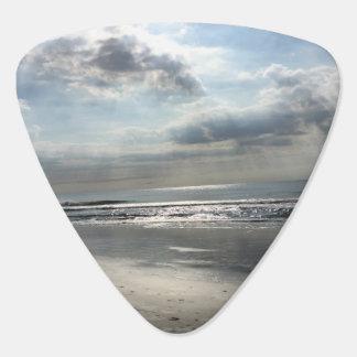 景色のビーチのギターピック ギターピック