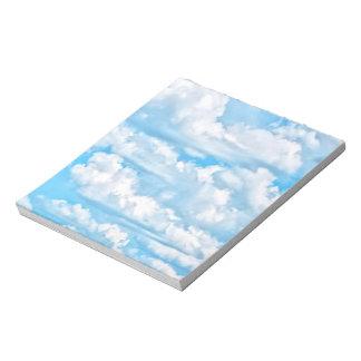 景色の幸せで明るい雲の背景 ノートパッド
