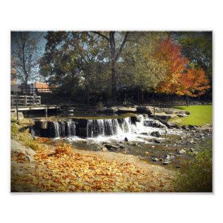景色の秋の滝の自然の景色の写真 フォトプリント