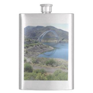景色のroosevelt湖 フラスク